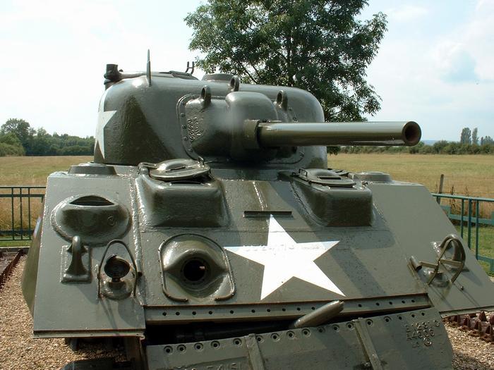 Chars et lieux de mémoire du 2e Cuirassiers 1944/45 03_bea14