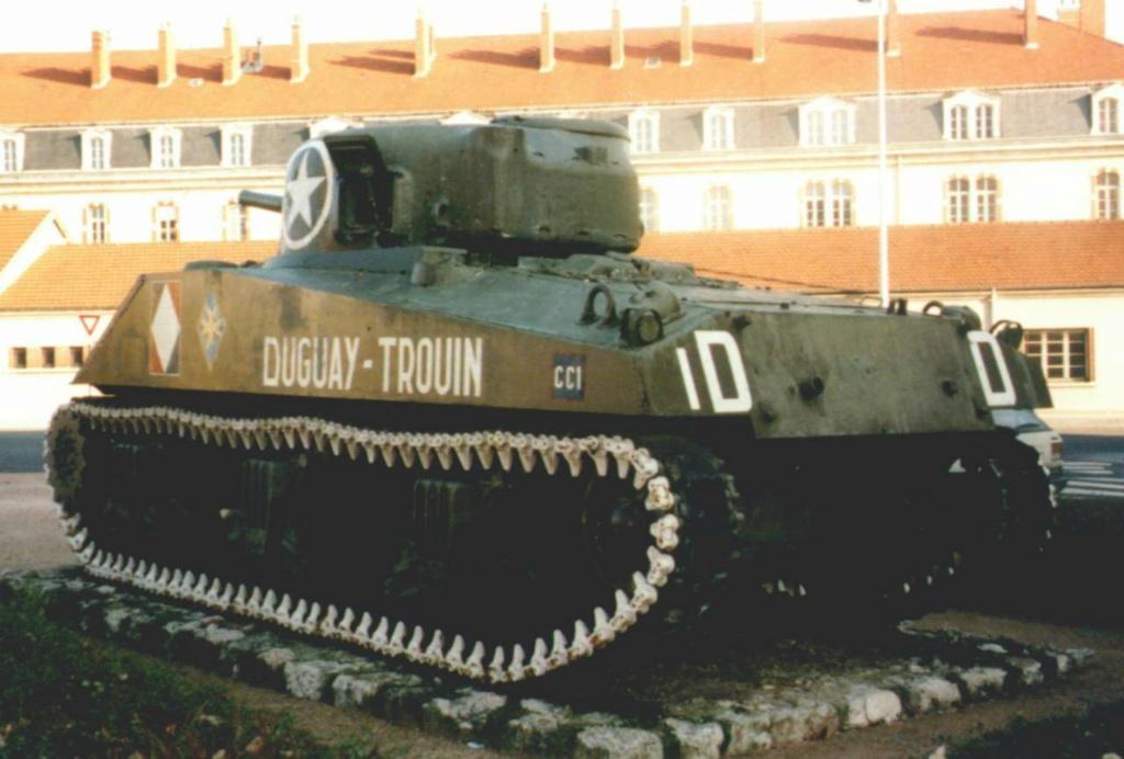 Chars et lieux de mémoire du 2e Cuirassiers 1944/45 04_dij11