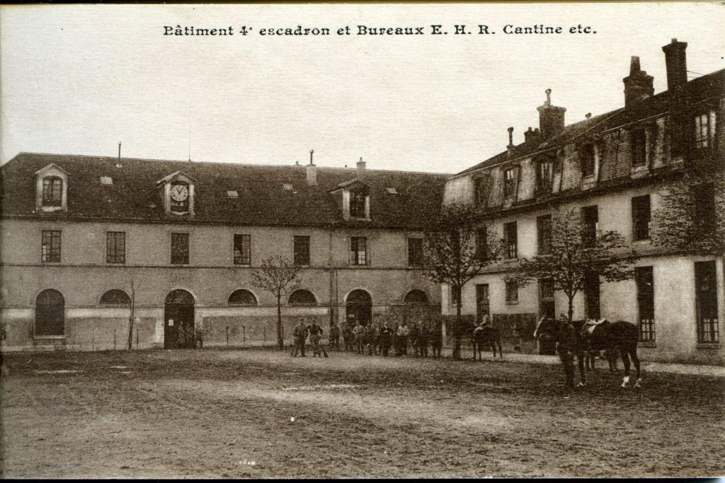 - Les Cuirassiers du Dauphin Cavalerie - Xa_04_10