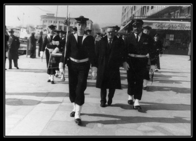 [La musique dans la Marine] Les fanfares des écoles... - Page 1 Jy62_010