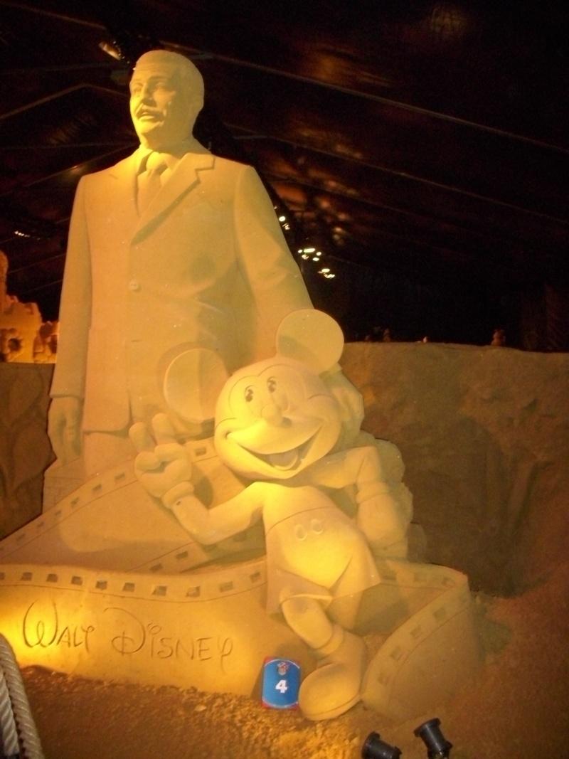 Blankenberge: Sculpture de sable Festival 2011 (belgique) - Page 3 Dsci0911