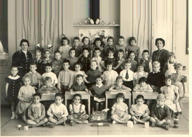 École Jean Jacques Rousseau de Meknes 10827411