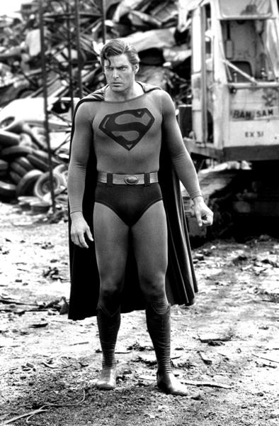 Superman - Page 8 Crjunk10