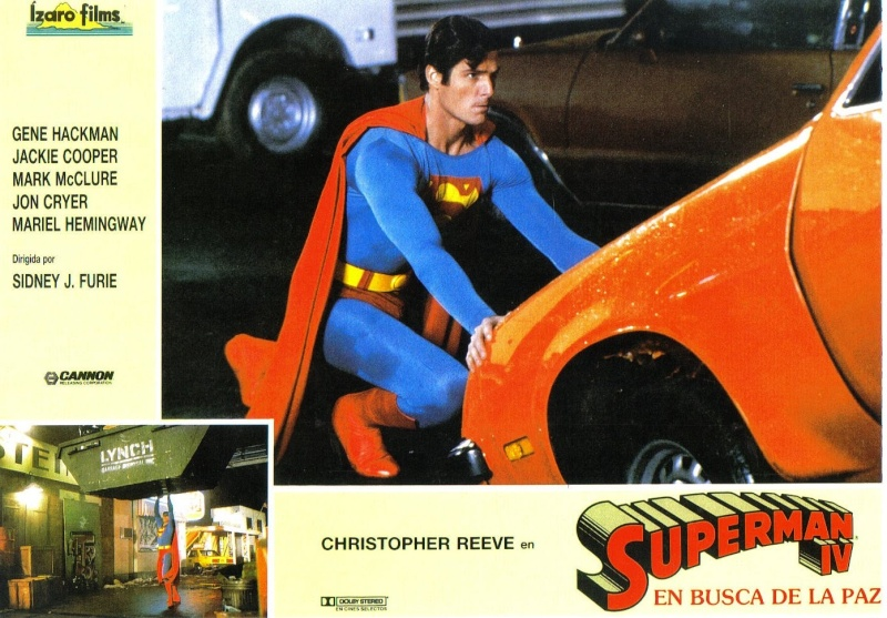 Superman - Page 8 Izaro_10