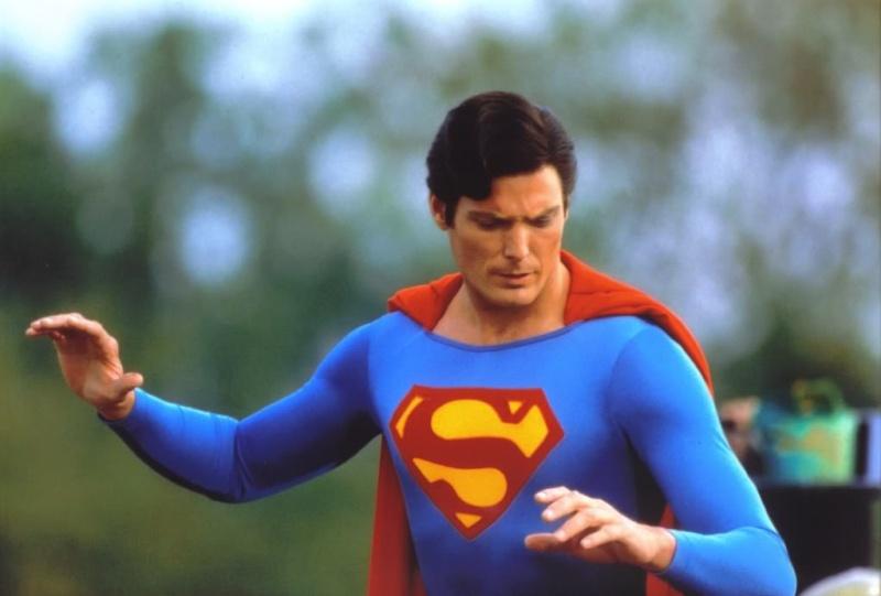 Superman - Page 8 Super_10