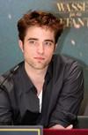 Interview de Robert Pattinson avec Gala.de (Partie 1) Icon10