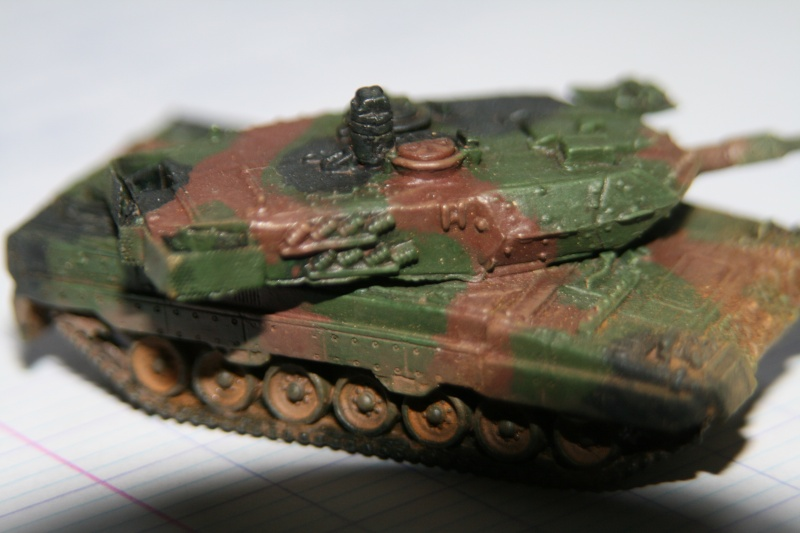 Leopard 2A4 1/144 Img_1023