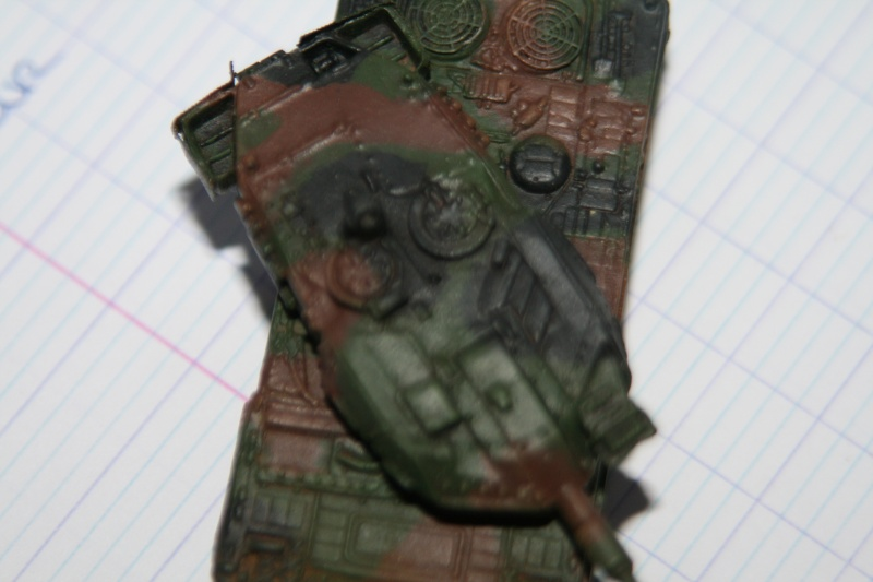 Leopard 2A4 1/144 Img_1025