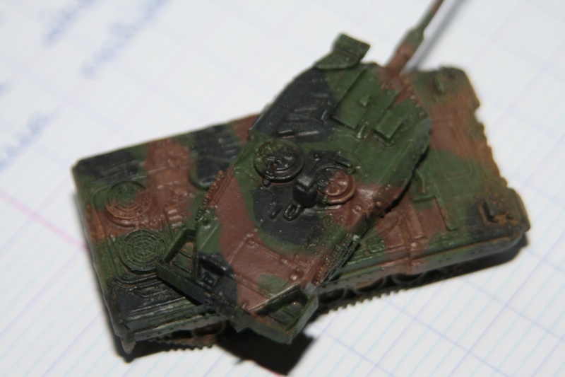 Leopard 2A4 1/144 Img_1026