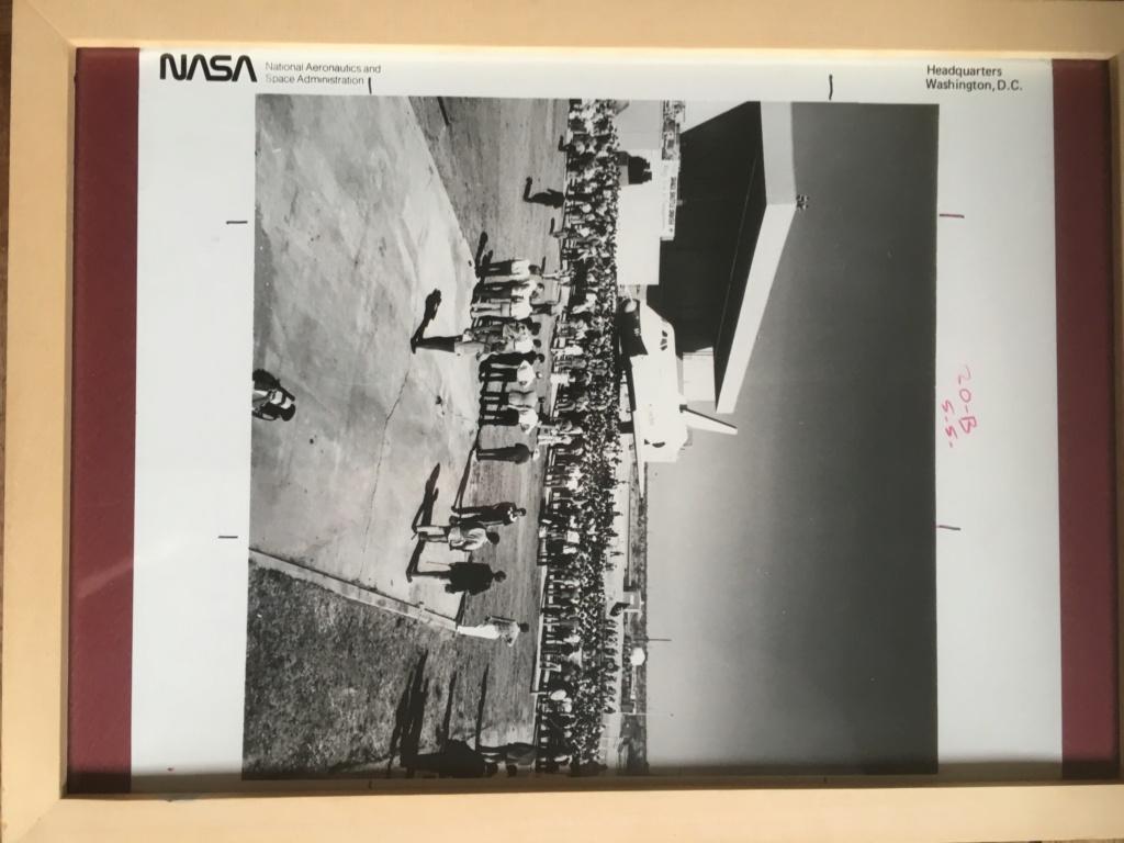 A vendre Photos N.A.S.A 1976 équipe Star Trek  56db6110