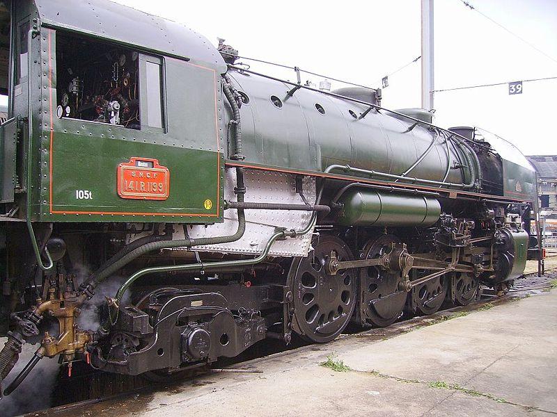 Locomotive 141 R 800px-10