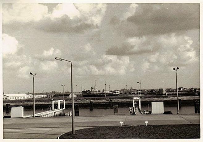Ecole Navale Nieuwport/Lombartsijde - année 70 - Page 2 00410