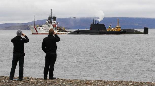 Trafalgar & Astute Class Submarine (SSN Fleet Submarines) 610x31