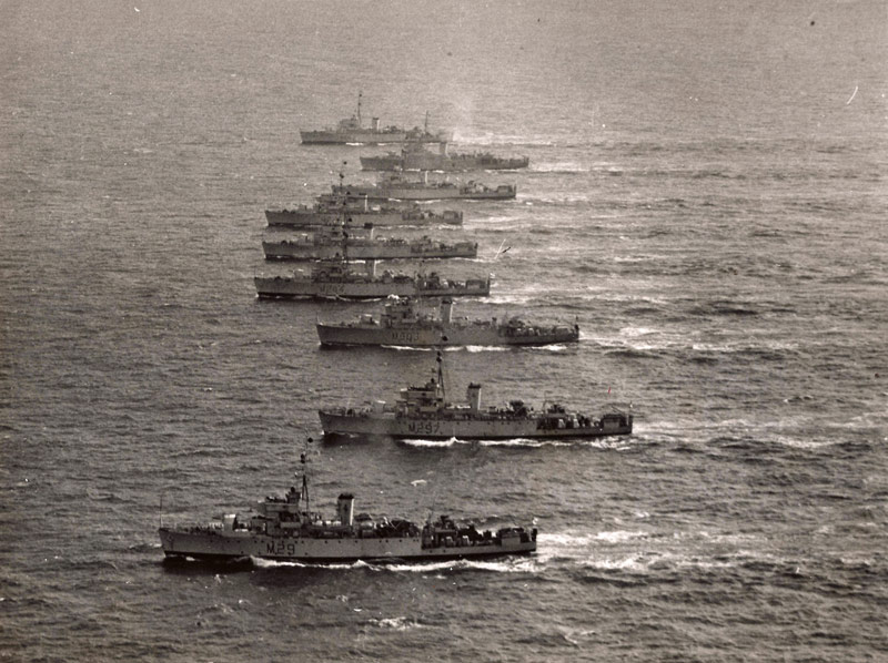 Divers : Algerine class minesweeper + PLAN et monument - Page 2 Algeri11