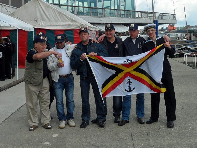 Fastes des Cadets de Marine à Bruxelles le 18/06/2011 - Page 2 Sam_1320