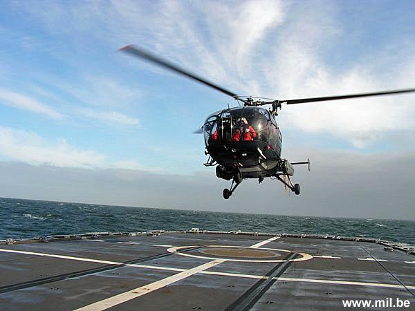 Dossier : le matos du LOMA pour l'action contre les pirates Schiet25