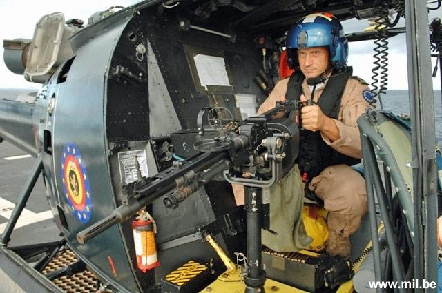Dossier : le matos du LOMA pour l'action contre les pirates Schiet26
