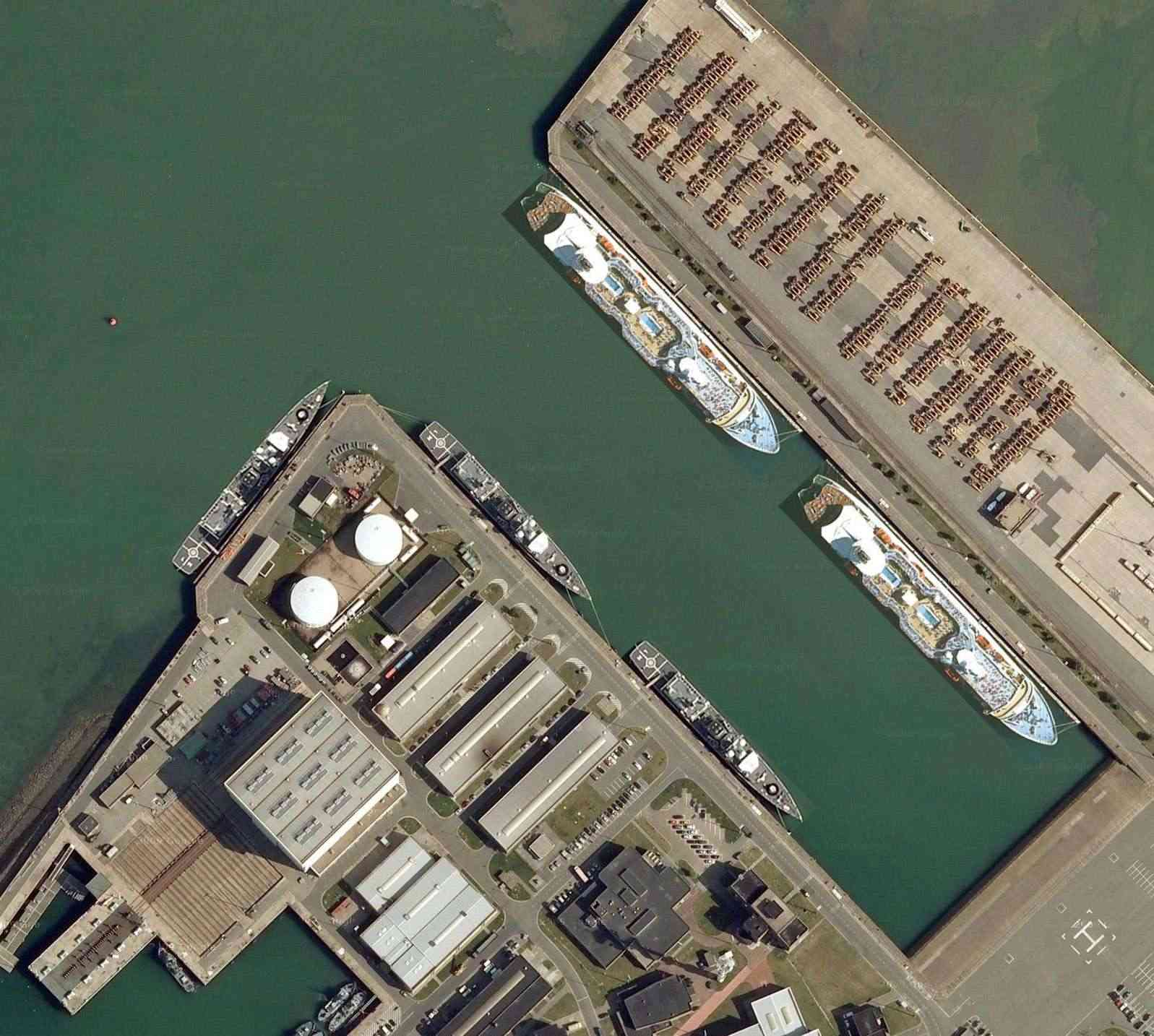 Quel avenir pour la base de Zeebrugge ? - Page 6 Zeebru23