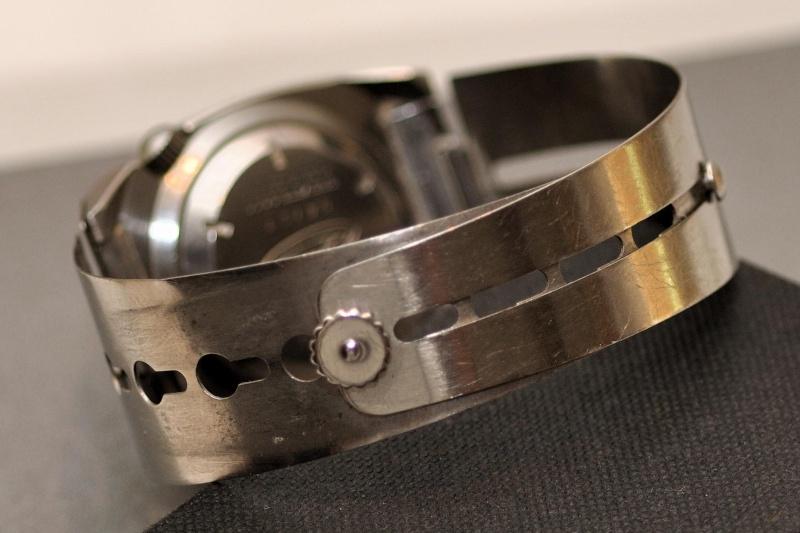 Enicar - Un post qui référence les montres de brocante... tome I - Page 38 Dsc_0614