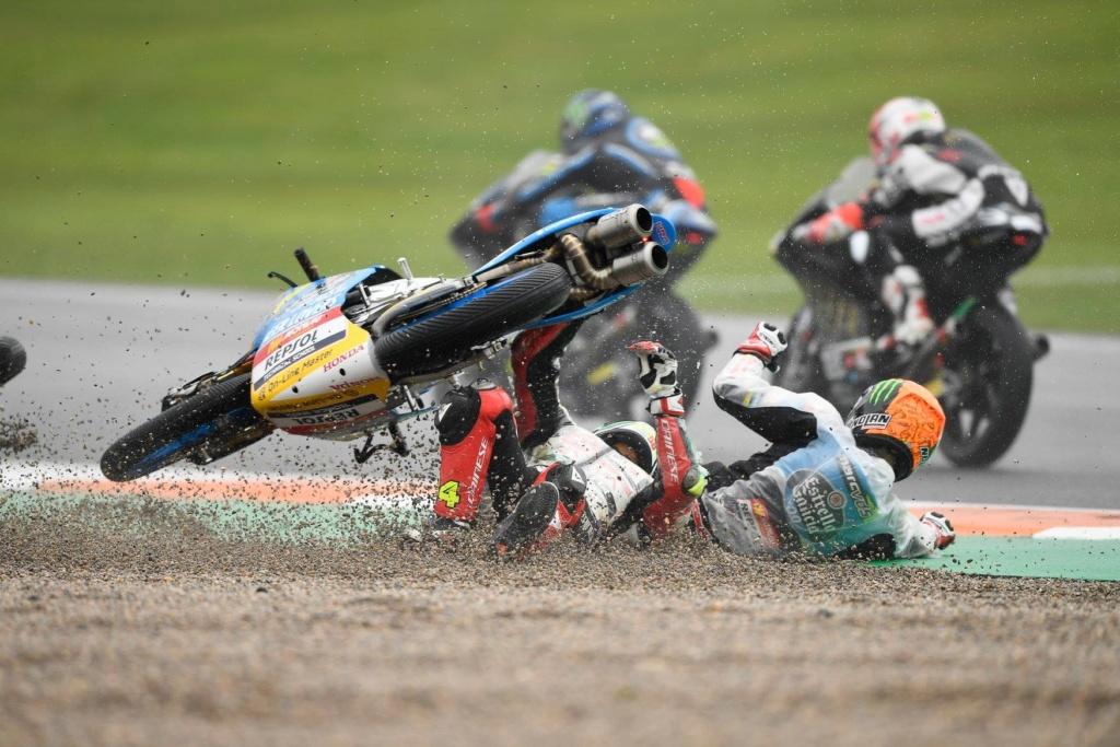 Moto GP 2018 - Page 15 46451010
