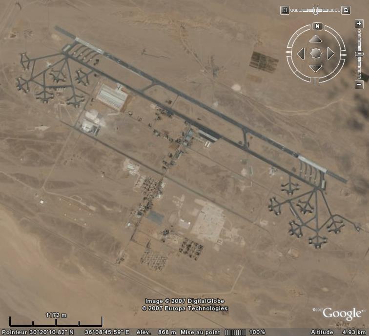 Topic des bases de l'armée de l'air/US air force etc... - Page 38 Al_jaf10