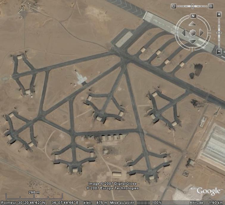 Topic des bases de l'armée de l'air/US air force etc... - Page 38 Al_jaf11