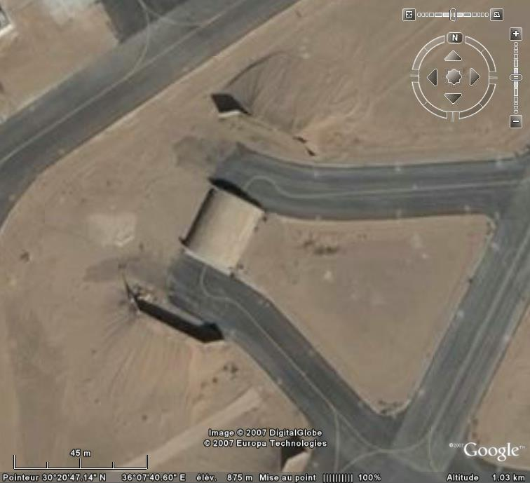 Topic des bases de l'armée de l'air/US air force etc... - Page 38 Al_jaf12