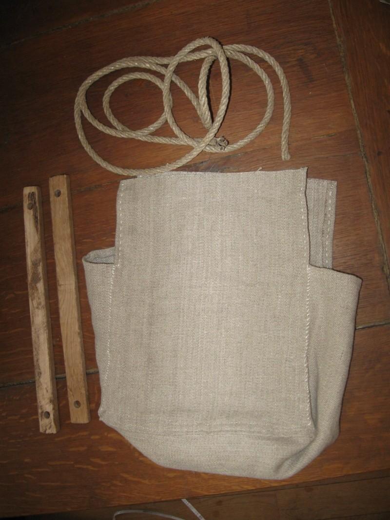 sac d'artilleur en toile de lin et lattes de bois Img_8319