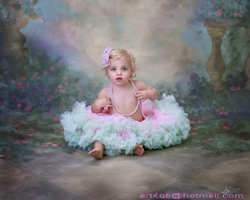الطفله التي تشبه الدمية Pic00410