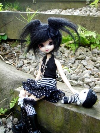 [La boite à poupées de SweetP.] Eryn et Faustine p.2 Dsc06811