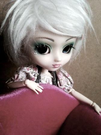 [La boite à poupées de SweetP.] Eryn et Faustine p.2 - Page 2 Img_1111