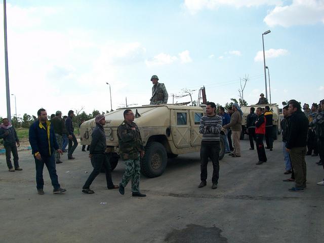 صور المظاهرات امام الشركة القابضة لمياه الشرب بالقنطرة شرق للمطالبة بالتعيين 54306110