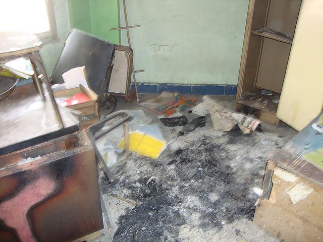 صور التخريب بقسم الشرطة والمرور بالقنطرة شرق 54847211