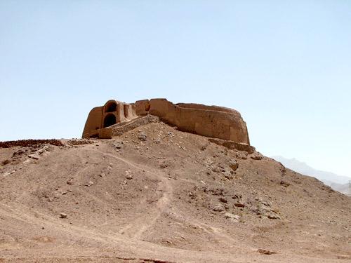 Les lieux sacrés - Héritage spirituel du Monde. L_towe10