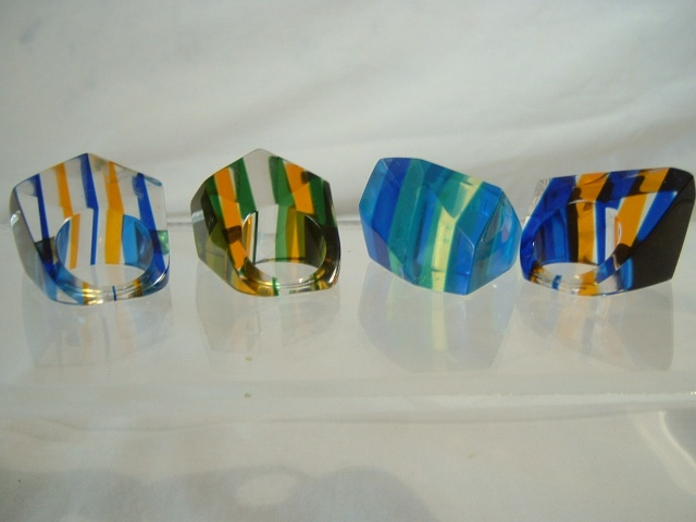 Lucite Rings 00412