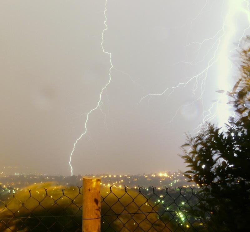 orage dans les monts dor   (LYON) Orage_14