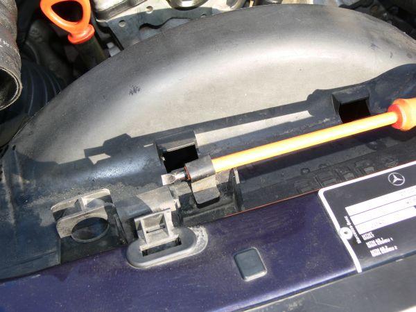 [TUTO]  Changer l'amortisseur tendeur de courroie (W210)  1210