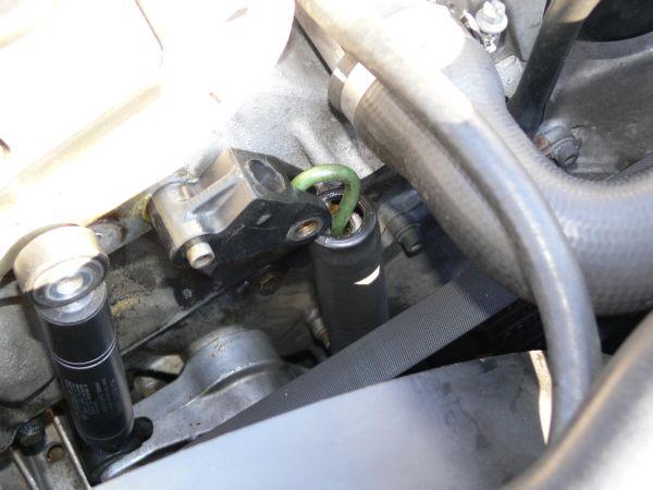 [TUTO]  Changer l'amortisseur tendeur de courroie (W210)  710