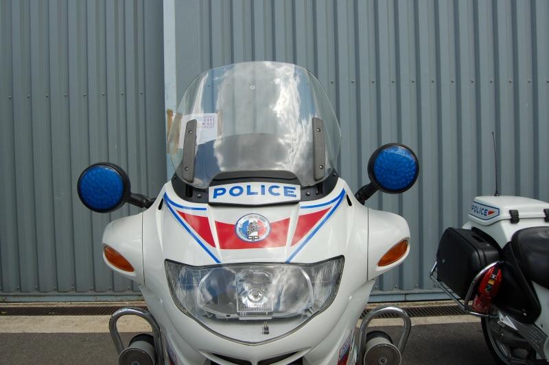 Les motos de la police Dsc_0089
