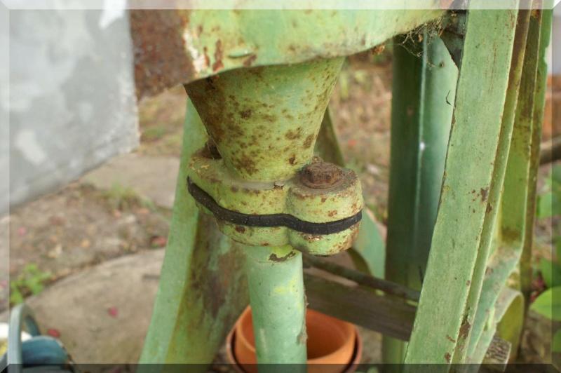 restauration - Restauration pompe à chapelets Pict0057