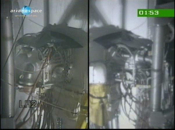 Ariane 5 ECA V197 / Eutelsat W3B + Bsat 3B (28/10/2010) - Page 3 Vlcsna16