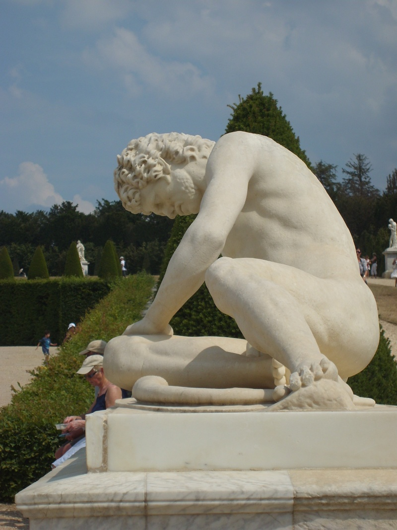 La statuaire dans les jardins de Versailles Cannot23
