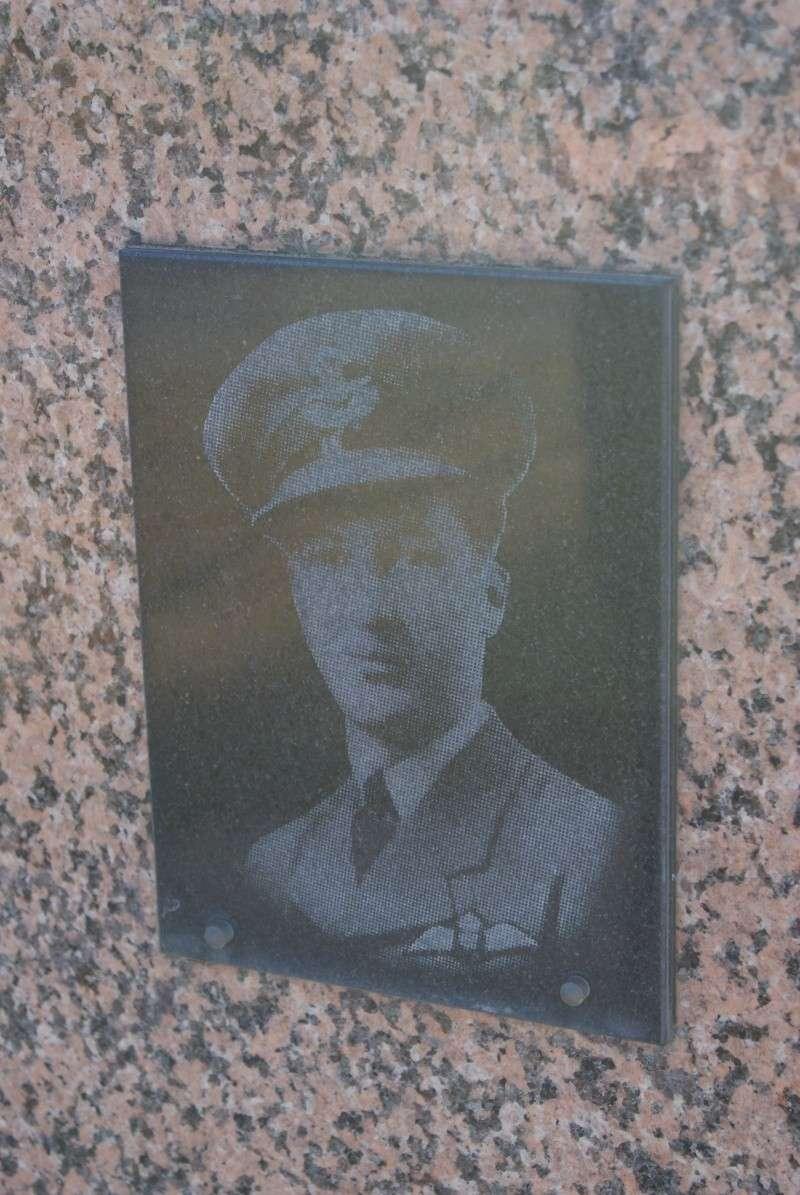 Monument WW2 - Airel ( Normandie ) Dsc06318