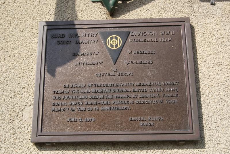Monument WW2 - Sainteny ( Normandie ) Dsc06328