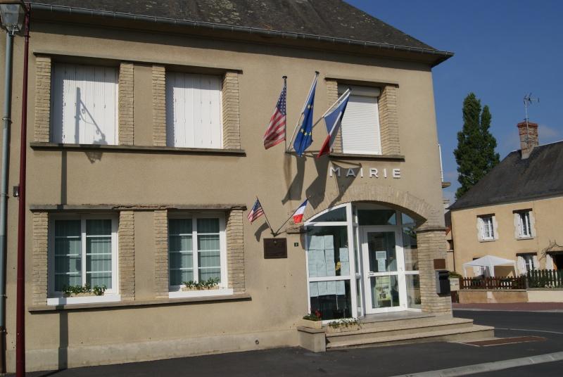 Monument WW2 - Sainteny ( Normandie ) Dsc06329
