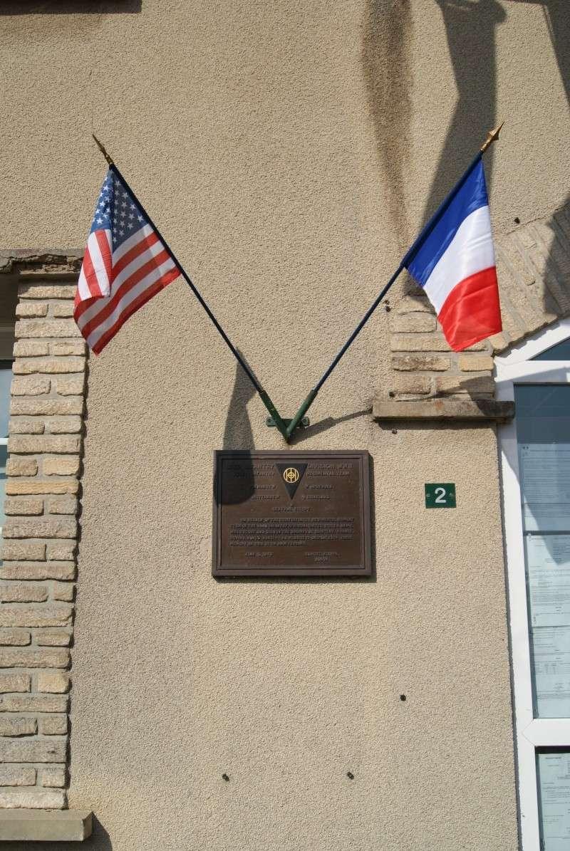 Monument WW2 - Sainteny ( Normandie ) Dsc06330