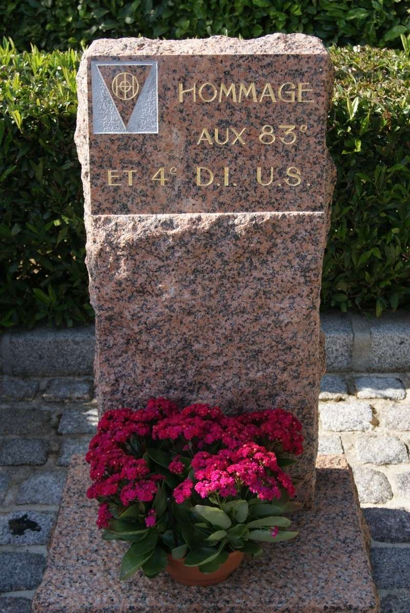 Monument WW2 - Sainteny ( Normandie ) Dsc06332