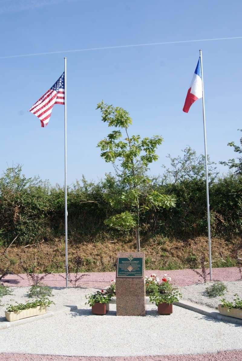 Monument WW2 - Sainteny ( Normandie ) Dsc06335