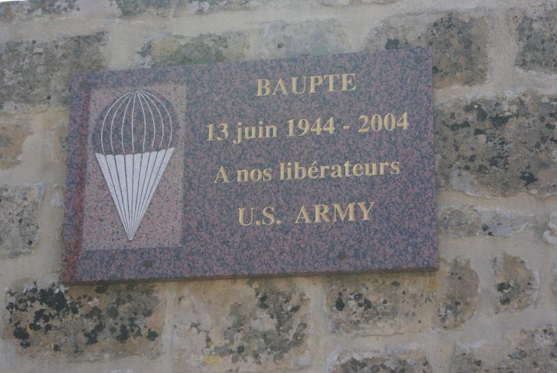 Monument WW2 - Baupte ( Normandie ) Dsc06342
