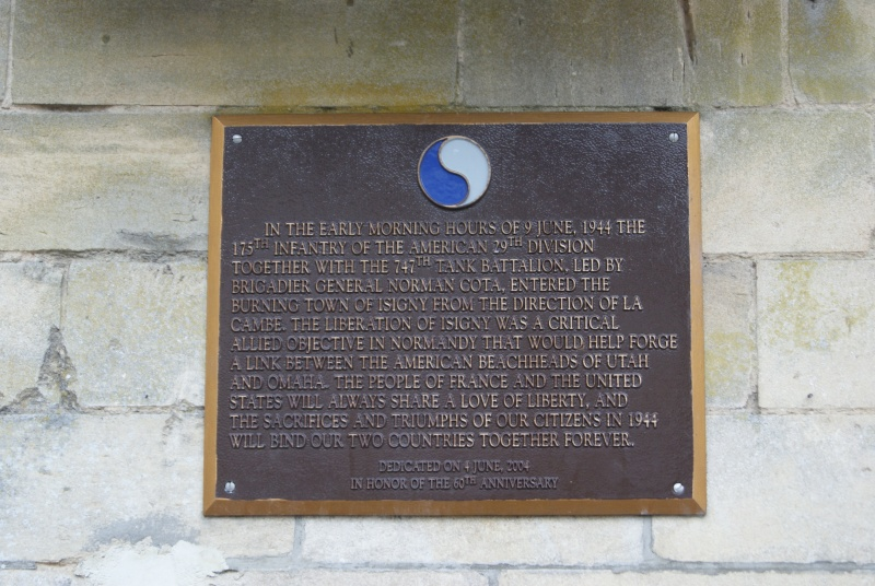 Monument WW2 - Isigny sur Mer ( Normandie ) Dsc06718